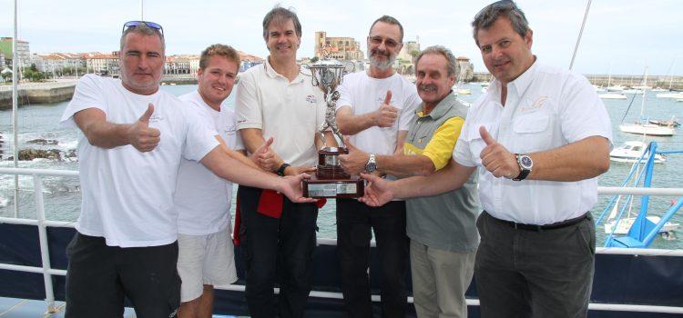 Copa Castro 2017    El 'Yamamay' deja el bello trofeo en Castro