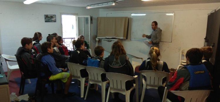 El Real Club Nautico de San Sebastián con la colaboración de la Federación Gipuzkoana de Vela ha organizado un entrenamiento para la clase 420