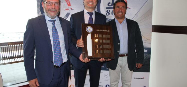 La XII Copa España J 80 se disputa en el Abra con una participación récord y de lujo