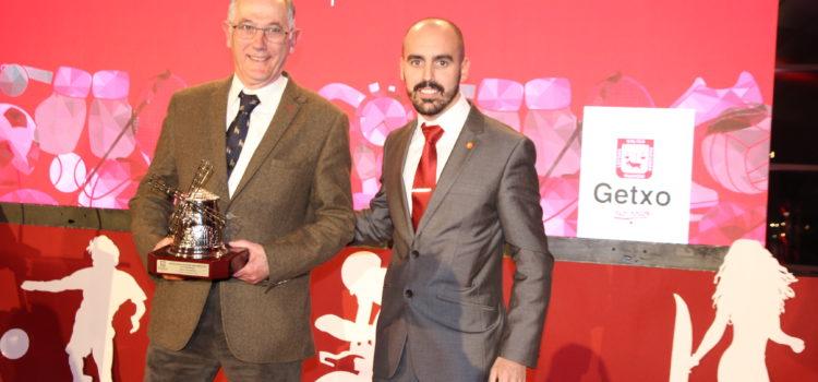 José Luis Ribed recibió un Premio Especial en la XII Gala del Deporte de Getxo